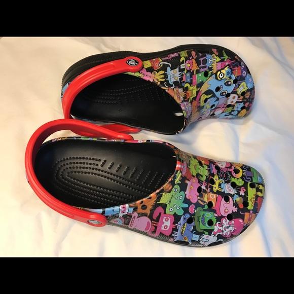 e491ef5d53bad9 Adult Crocs men s sandals  75